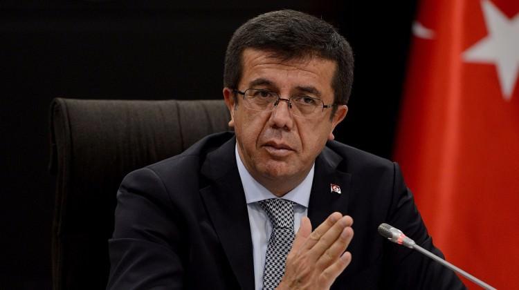 Nihat Zeybekçi'ye hırsızlık şoku!