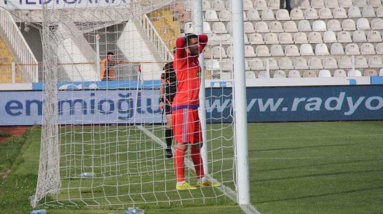 Sivasspor son dakikada yıkıldı!
