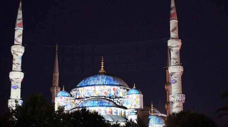 Sultanahmet Camii'nde video mapping