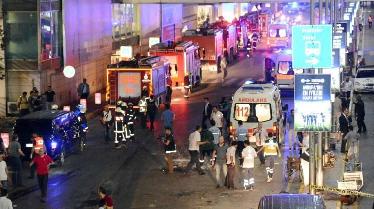 29.06.2016 Atatürk Havalimanı saldırısı son dakika gelişmeleri