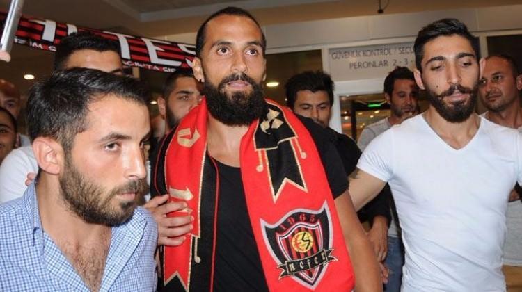 Trabzonspor'dan KAP'a Erkan Zengin açıklaması