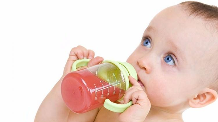 Bebeklere bitki çayı vermek zararlı mı?