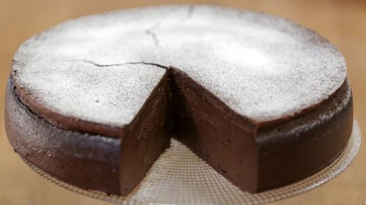 Brownie Kaplı Puding tarifi