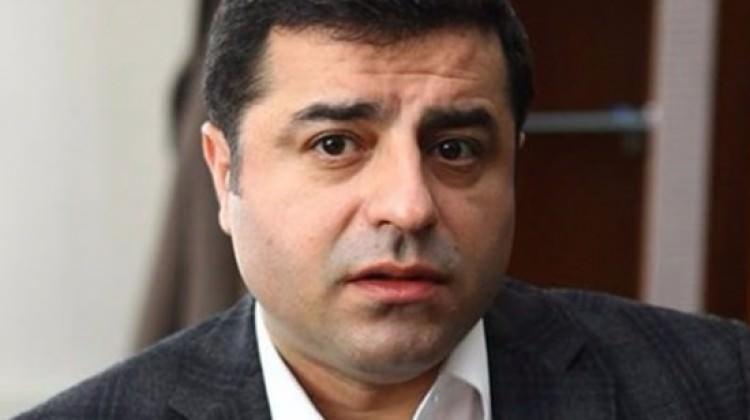 Özel geri çekti ama mahkeme Demirtaş'ı affetmedi