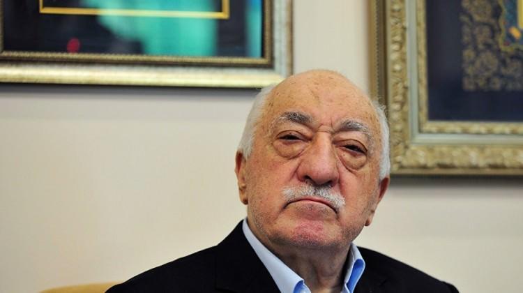 Teröristbaşı Gülen'in dişçisi tutuklandı