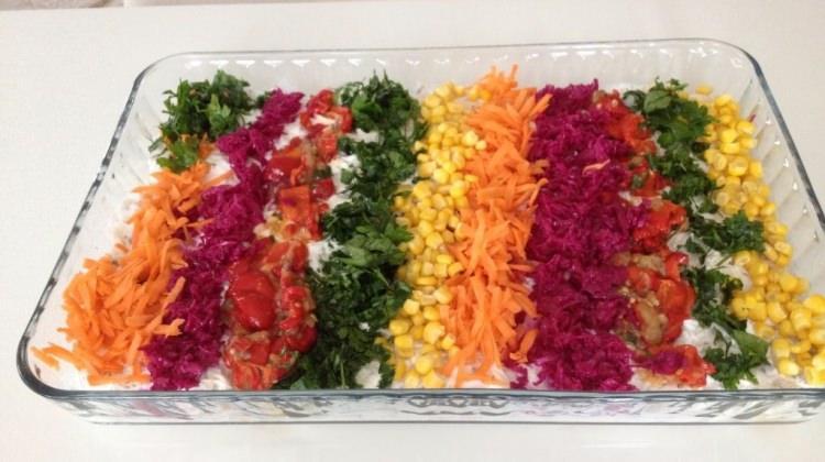 Etimekli salata tarifi