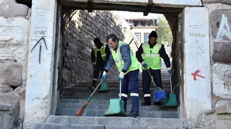 Ankara Kalesi'nde temizlik