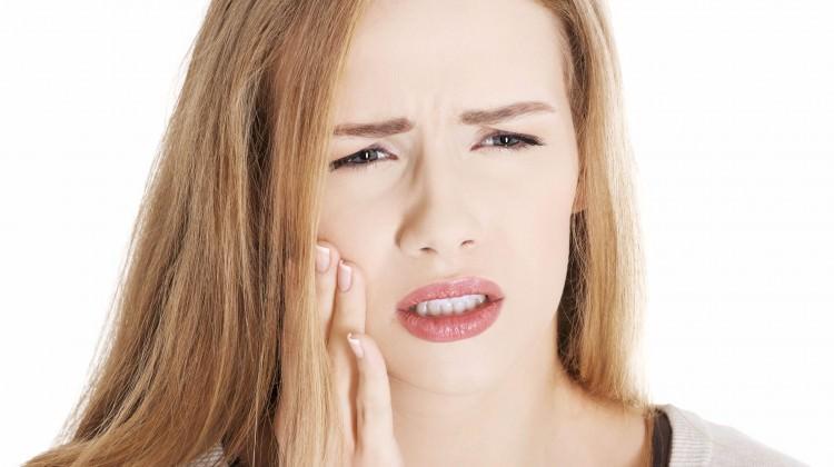 Diş ağrısına doğal çözüm