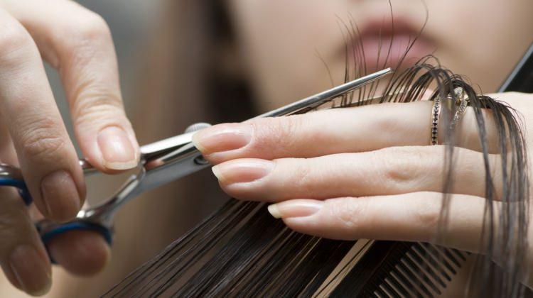 Saçlarınızı kestirmeden kırıklardan kurtulun