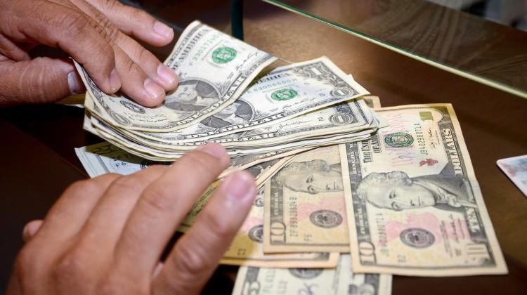 Dolar borcunuz varsa bunu yapın