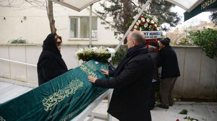 Ferzan Özpetek'i dostları yalnız bırakmadı