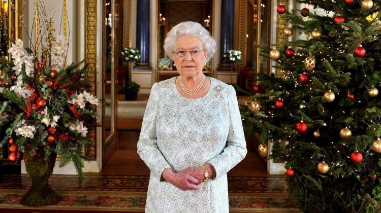 Kraliçe Elizabeth'ten 30 yıl sonra bir ilk!