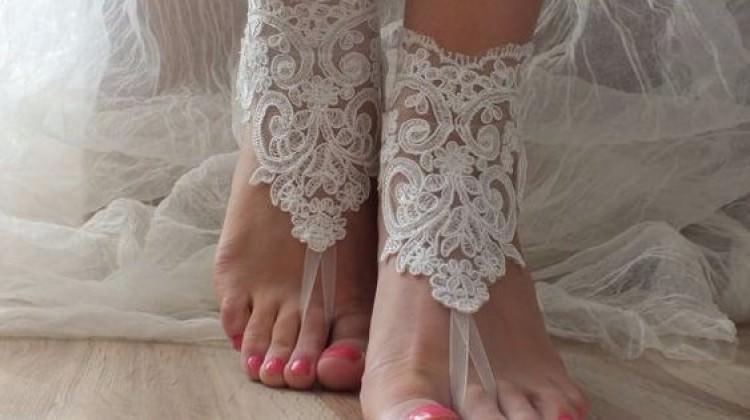 Bu yaz gelinler ayakkabı giymeyecek!