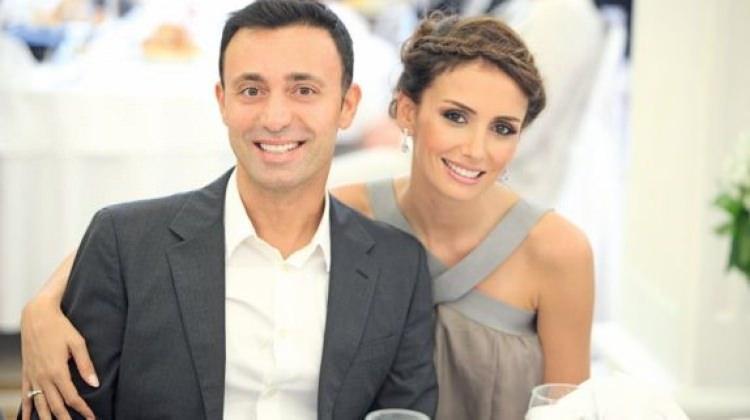Mustafa Sandal'dan eşine büyük ayıp
