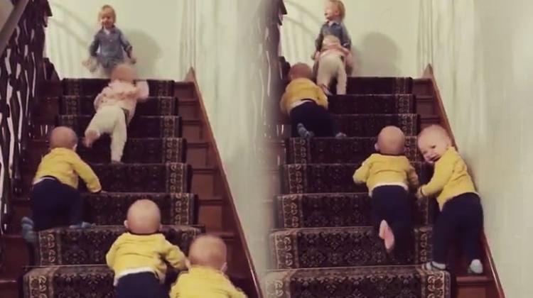 Emekleyerek merdiven çıkma yarışı kahkahaya boğdu