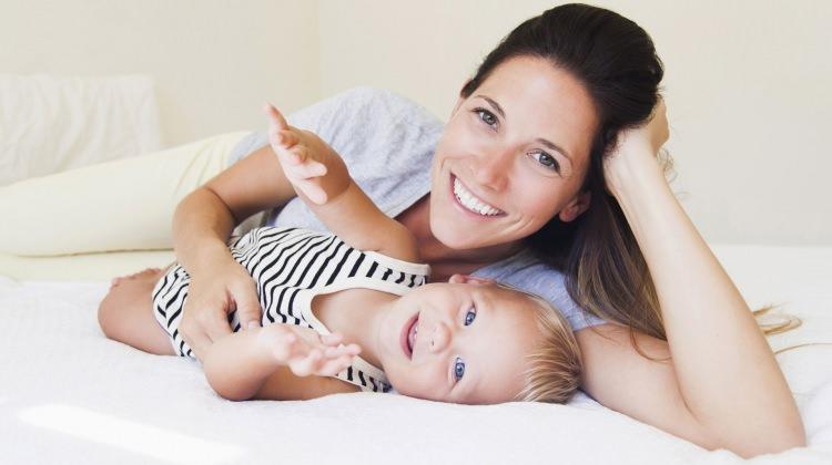 Genç annelere bebek bakımı tavsiyeleri