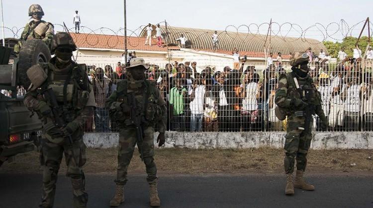Batı Afrika ülkesinden çarpıcı karar!