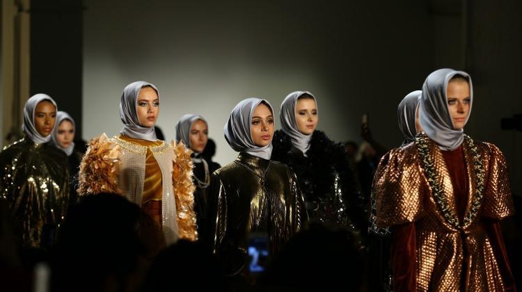 New York Moda Haftası'nda Müslüman modacı
