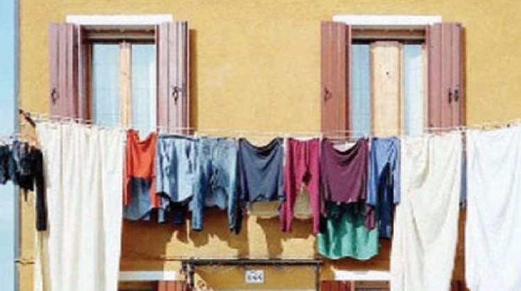 Adana'da maskeli dehşet! Çamaşır asarken...