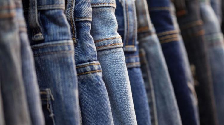 Sokak modasının vazgeçilmezi: Kot pantolon