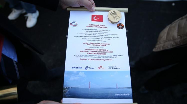 """1915 Çanakkale Köprüsü """"tarih tüpü"""" ile ölümsüzleşecek"""
