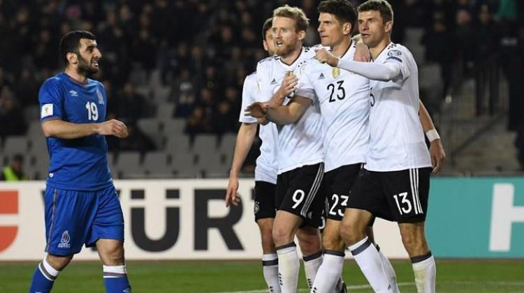 Gomez attı, Almanya şov yaptı!