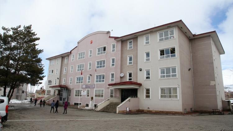 Muş'ta kız öğrencilere otel konforunda pansiyon