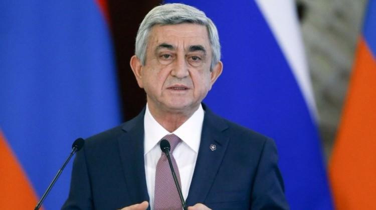 Ermenistan'da halk sandık başında