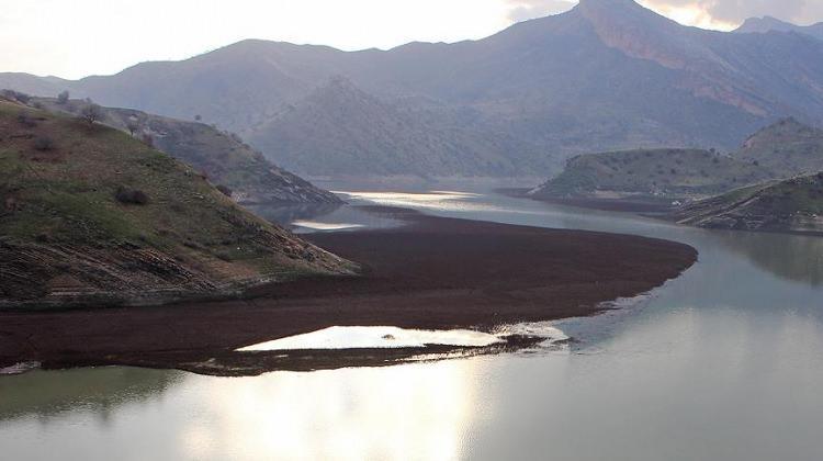 Tabka Barajı terör örgütü PKK'nın eline geçti!