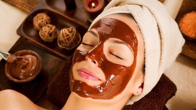 Çikolata ile güzelleşmenin 3 pratik yolu