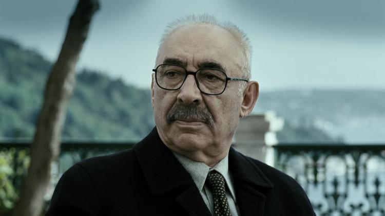 Şener Şen'in filminde 'estetik' şartı