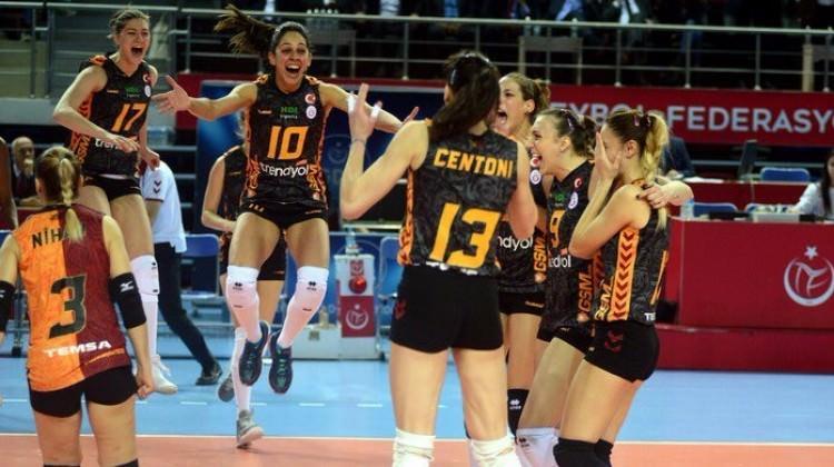 Vakıfbank'ı eleyen Galatasaray finalde!