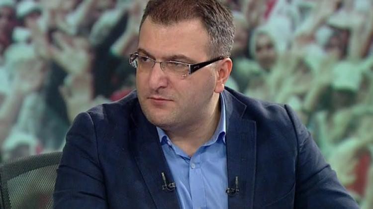 Cem Küçük Mavi Marmara şehitlerine hakaret etti