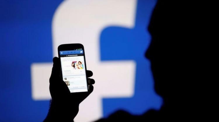 Facebook'a casusluk suçlaması