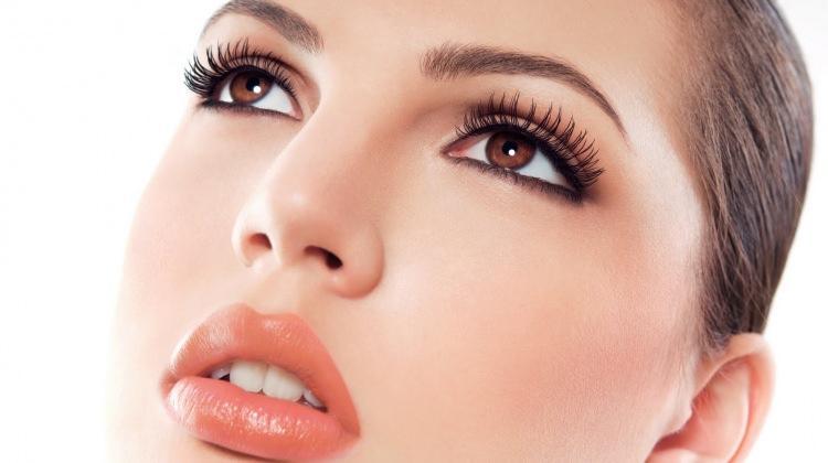 Rimel ve eyeliner gözde alerji yapar mı?