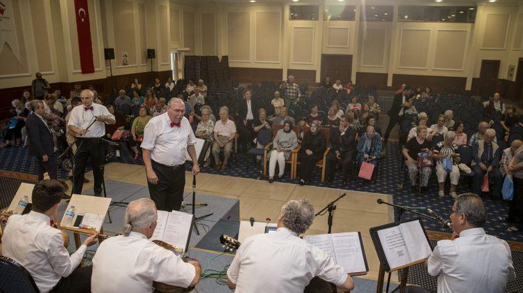 Aile ve Sosyal Politikalar Bakanı Kaya İzmir'de