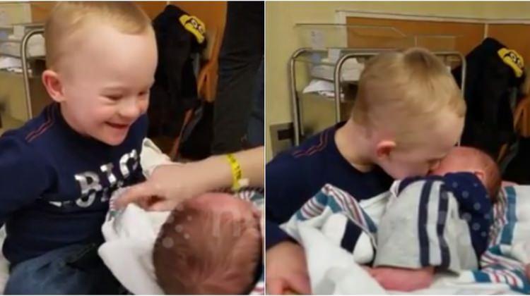 Down sendromlu çocuk, kardeşiyle böyle tanıştı