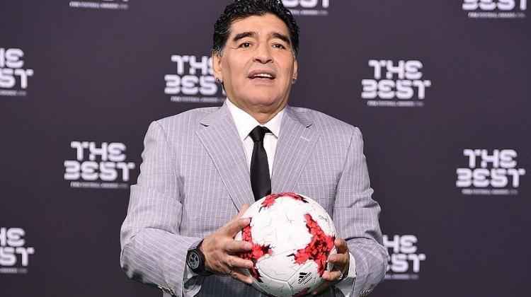 Maradona'nın yeni takımı şaşırttı!