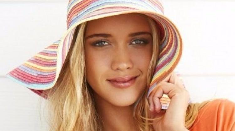 Anneler yazın en çok bu şapkaları takacak!