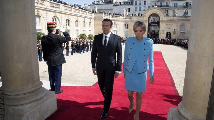 Emmanuel Macron'dan kıyafet açıklaması