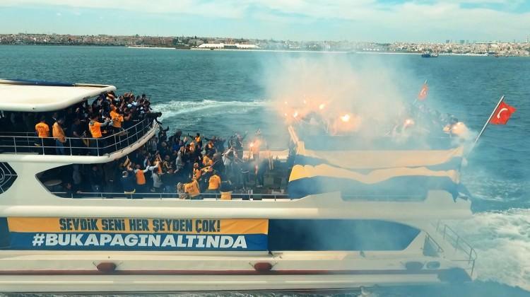 Taraftarlar Final Four'a teknelerle akın ettiler