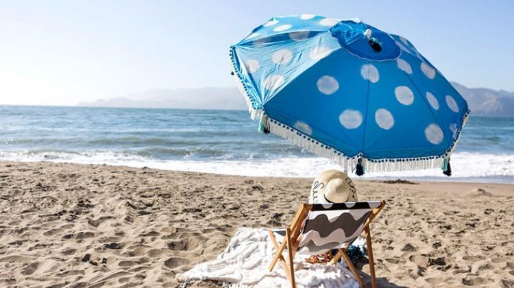 Güneşten korunmak için şemsiyelere güvenmeyin!