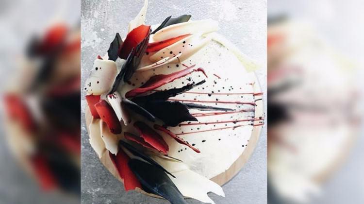 Fırça darbesi pastalar Instagram'ı salladı