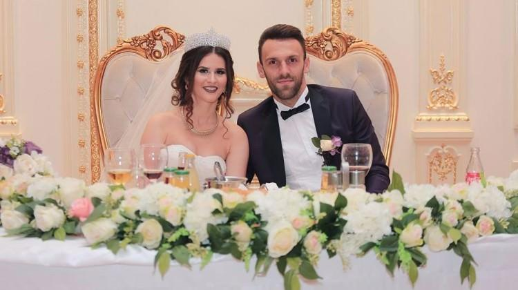 Vedat Muriç Kosova'da evlendi
