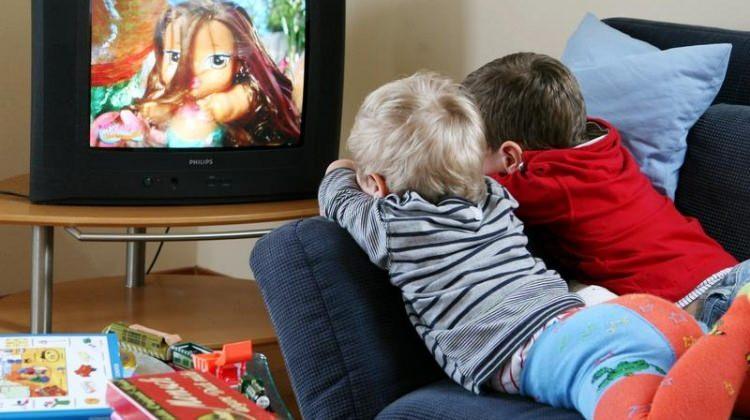 Çocuklar televizyonu nasıl izlemeli?