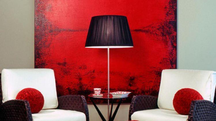 Kırmızı sevenlere özel dekorasyon fikirleri