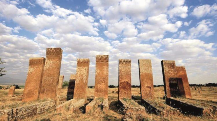 Başladı... Türk-İslam tarihine büyük katkı!