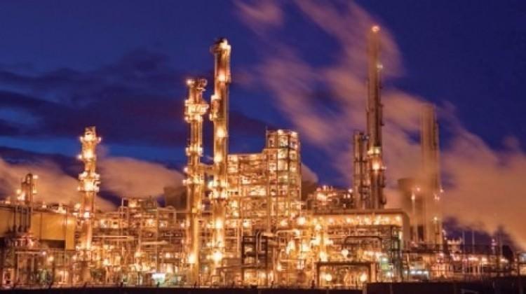 İran, petrol araştırmalarını Ruslara devrediyor