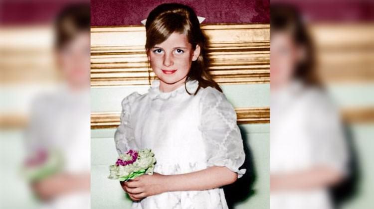 Prenses Diana'nın hiç yayınlanmamış fotoğrafları