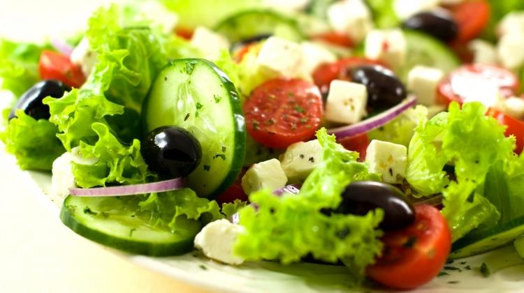 Salatayla doymak isteyenler için: 5 sağlıklı ve kolay salata tarifi